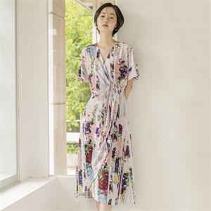 [블리다] mosaic stripe wrap dress