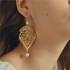 [엘리오나] Heart Lace Earrings