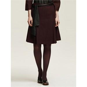 까이에 Side Pleated Skirt