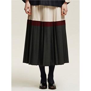까이에 Color Block Pleated Skirt