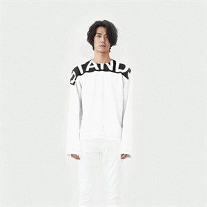 [srst] [에스알에스티] STANDS long sleeve shirts WHITE