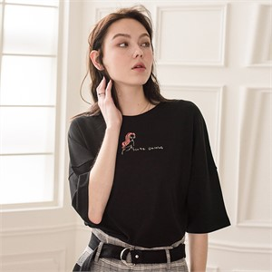 [디와이에스] KATE T-SHIRT BLACK