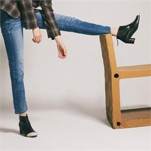 [꼼므지] Asymmetry Ankle Boots / CG1029IVBK