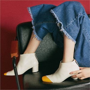 [꼼므지] Asymmetry Ankle Boots / CG1029YEIV