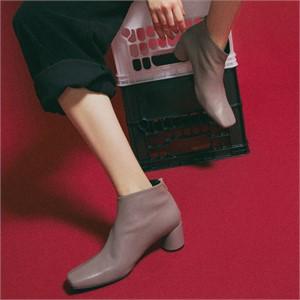 [꼼므지] Basic Ankle Boots / CG1030BE