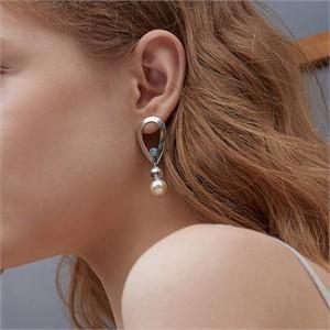 마티아스[] Snowball pearl Earring - Silver