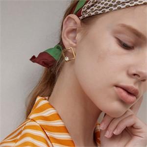 마티아스[] Diamond candy Earring - Gold
