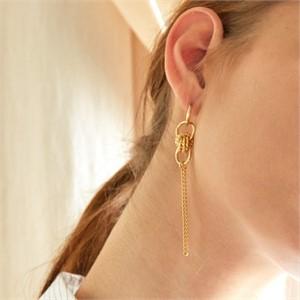 마티아스[MATIAS] Gold twist Earring