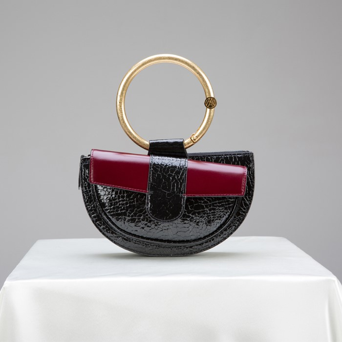 [아라크나인] ENVY BELT BAG - wine crack black