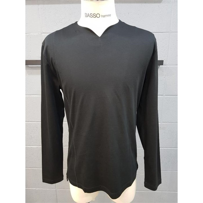 [바쏘옴므] 바쏘옴므 블랙 넥포인트 긴팔 면 티셔츠 WST1KR03ABK