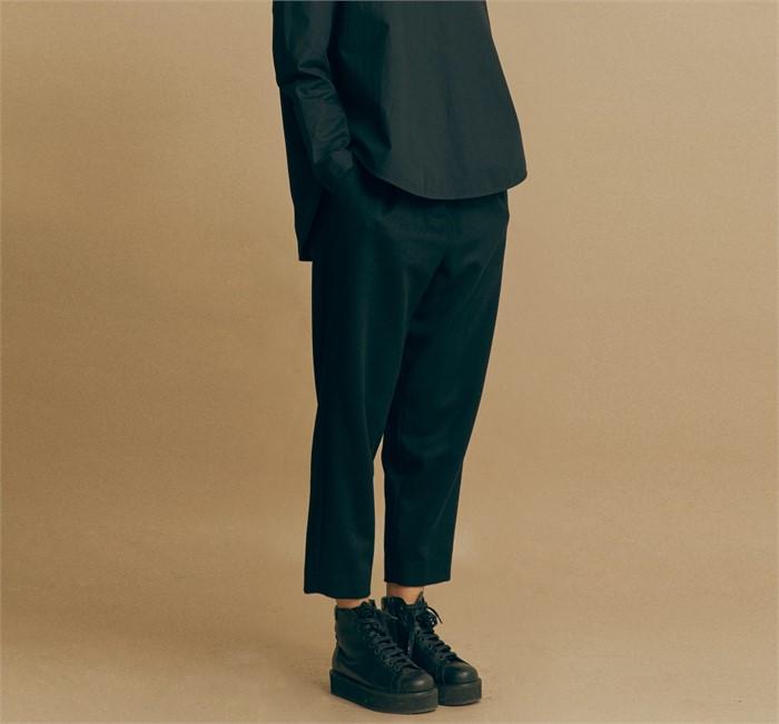 [모스카] CASHMERE CROP PANTS