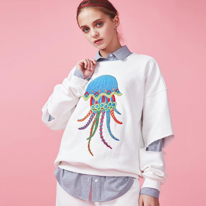 [아브라함케이한글] [아브라함케이한글]해파리자수 스웨트셔츠(화이트)