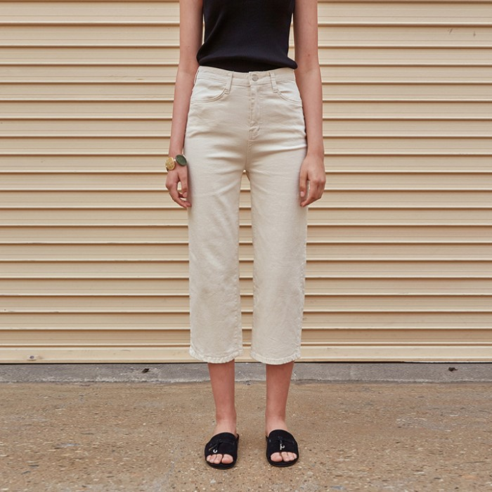 [YAN13] STRAIGHT COTTON CROP PANTS_CREAM
