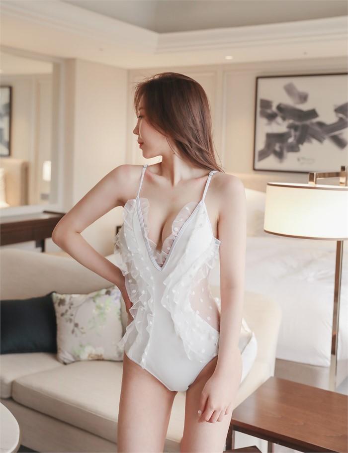 [세디유] 러플 딥 수영복