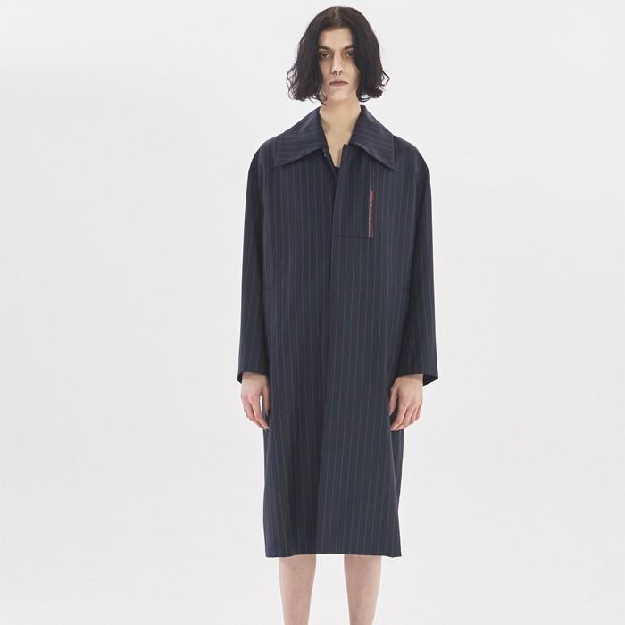 [Cognaq] Selvage Mac Coat