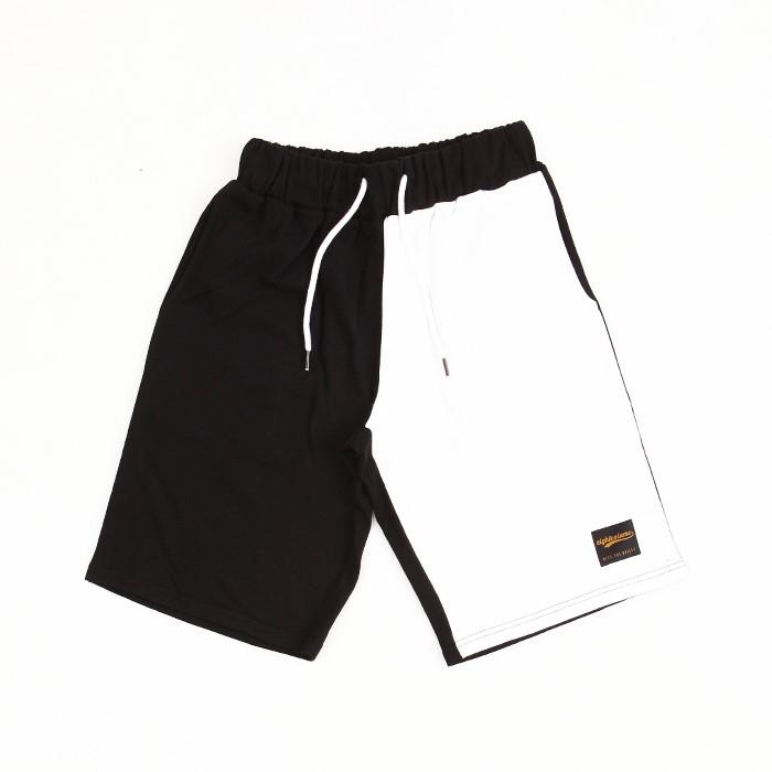[에잇볼륨]EV B/W Half Pants