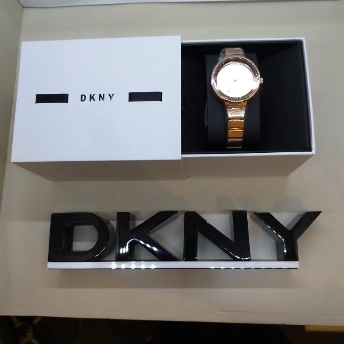 DKNY NC05 DKNY NY2695