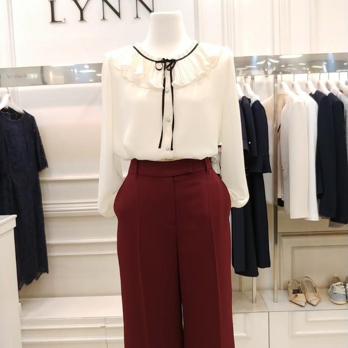 Lynn NC02 린 프릴브라우스 LCBLJI0100