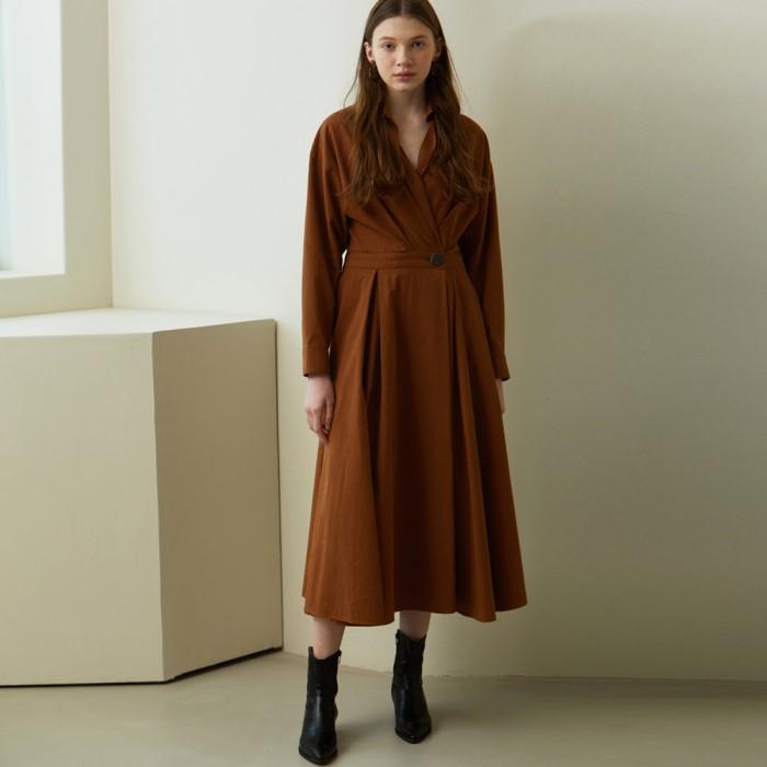 [룩캐스트] BROWN SHIRT WRAP LONG DRESS