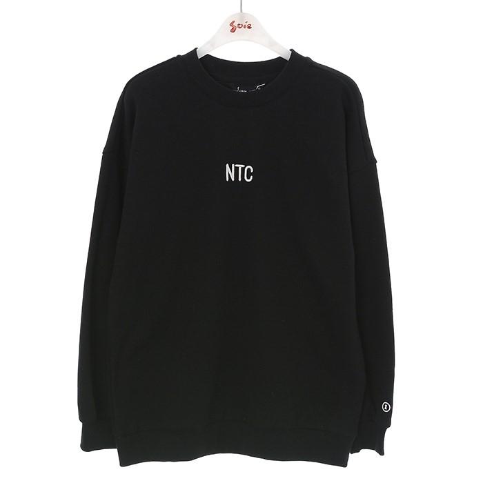 소이 NC02 볼륨 자수 블랙 맨투맨티 19W0406
