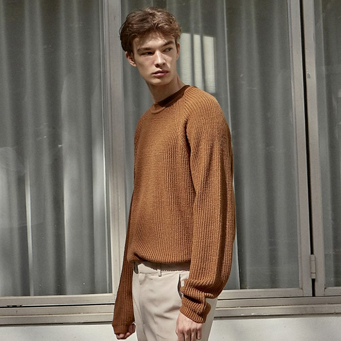 [DEANS] RAGLAN STAND R SWEATER_CAMEL