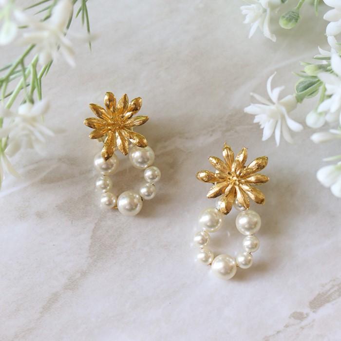 [엘리오나 컬렉션] Wildflower Studs Pearls (gold)