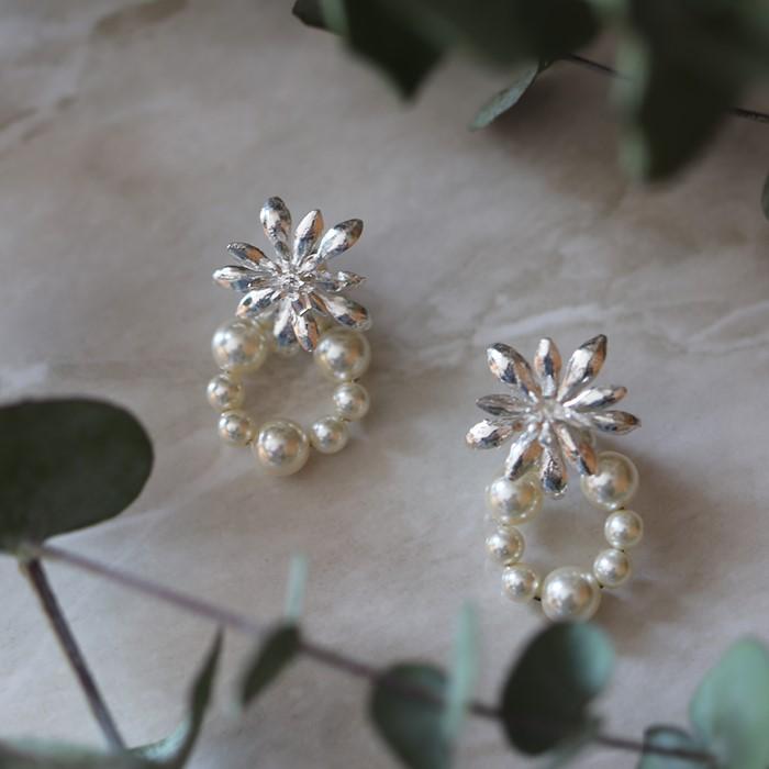 [엘리오나 컬렉션] Wildflower Studs Pearls (silver)